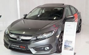 Honda Civic 4D vs. Honda Civic 5D