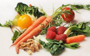 Żywność do zadań specjalnych, czyli czym są superfoods?
